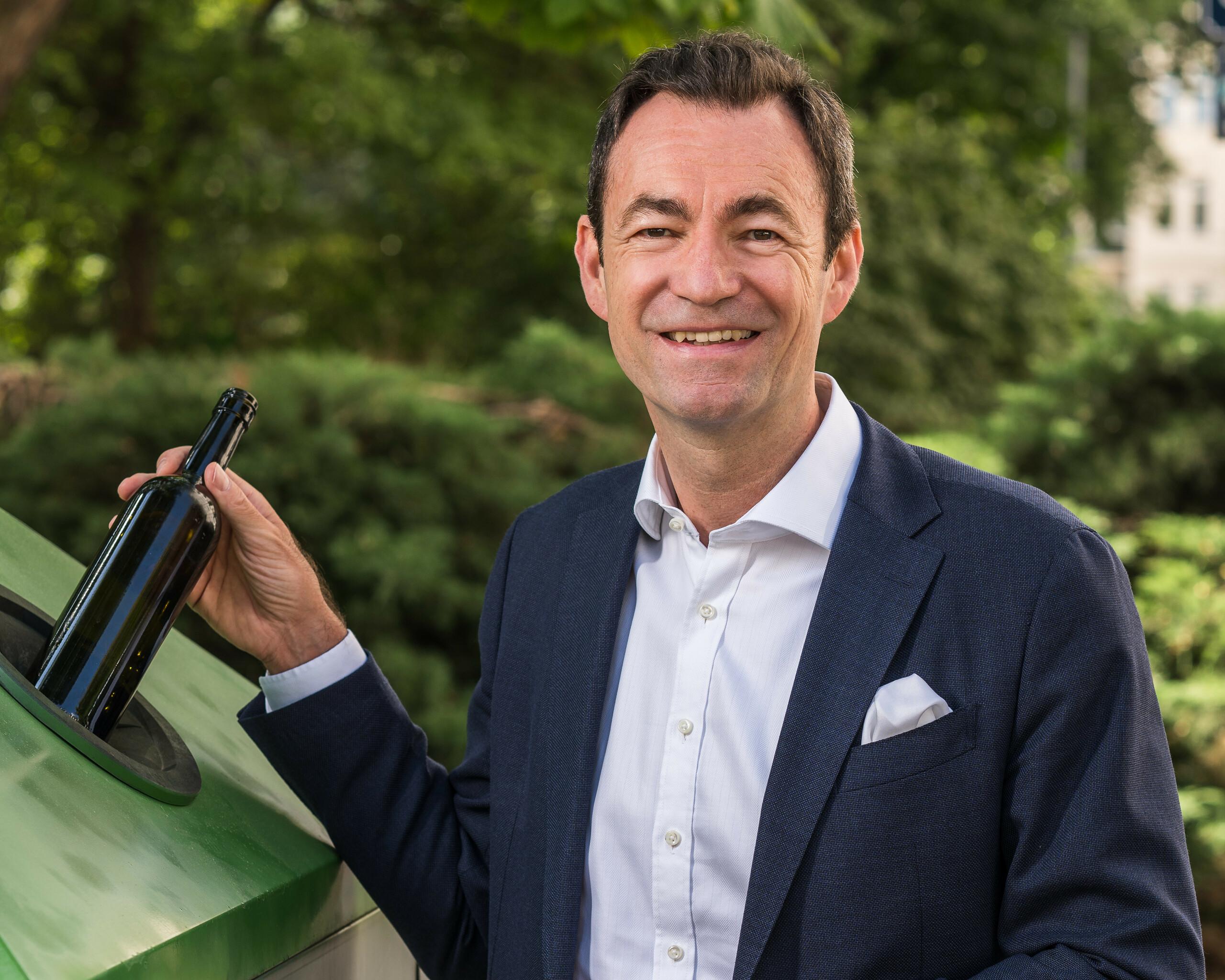 """Geschäftsführer Dr. Harald Hauke """"Recycling ist Klimaschutz"""" Querformat"""