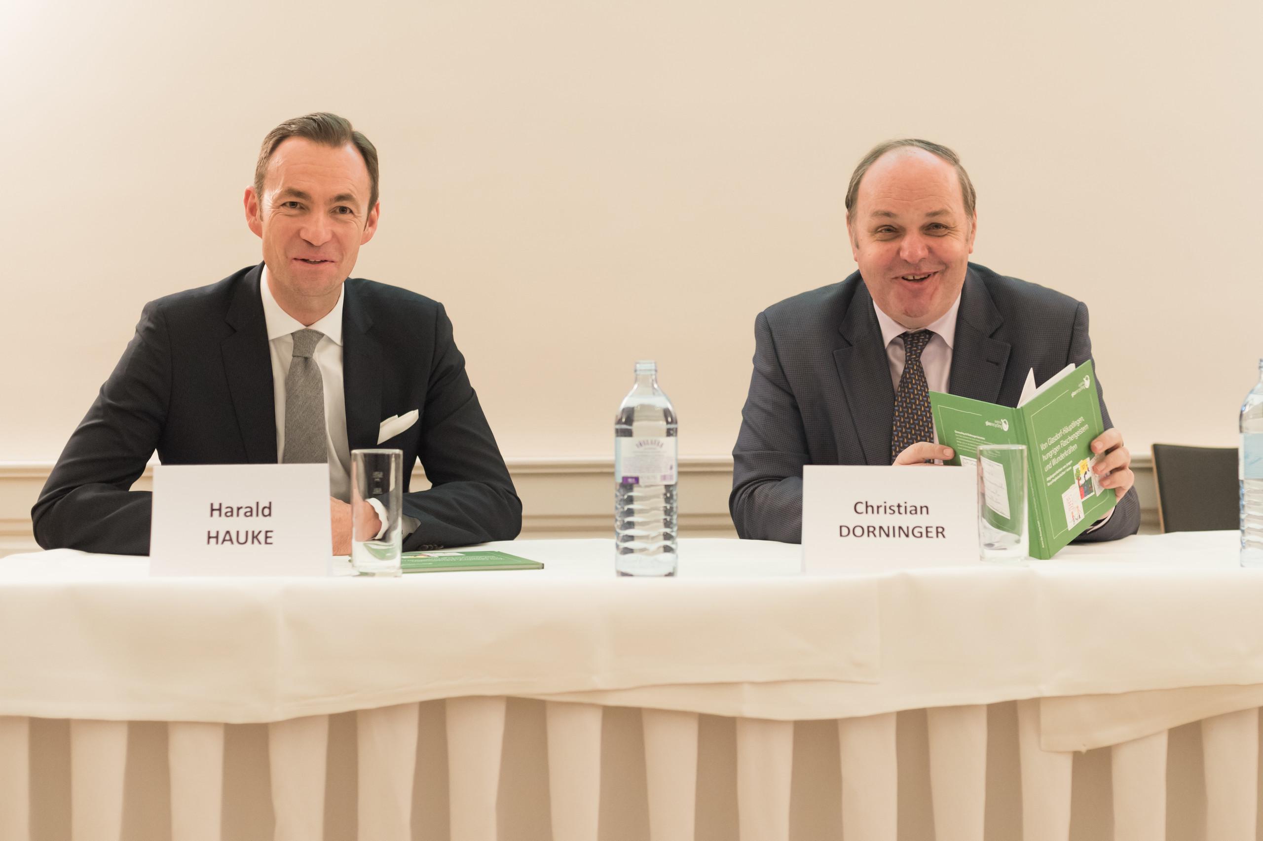 Dr. Harald Hauke und SC Dr. Christian Dorninger beim Austria Glas ReCIRCLE