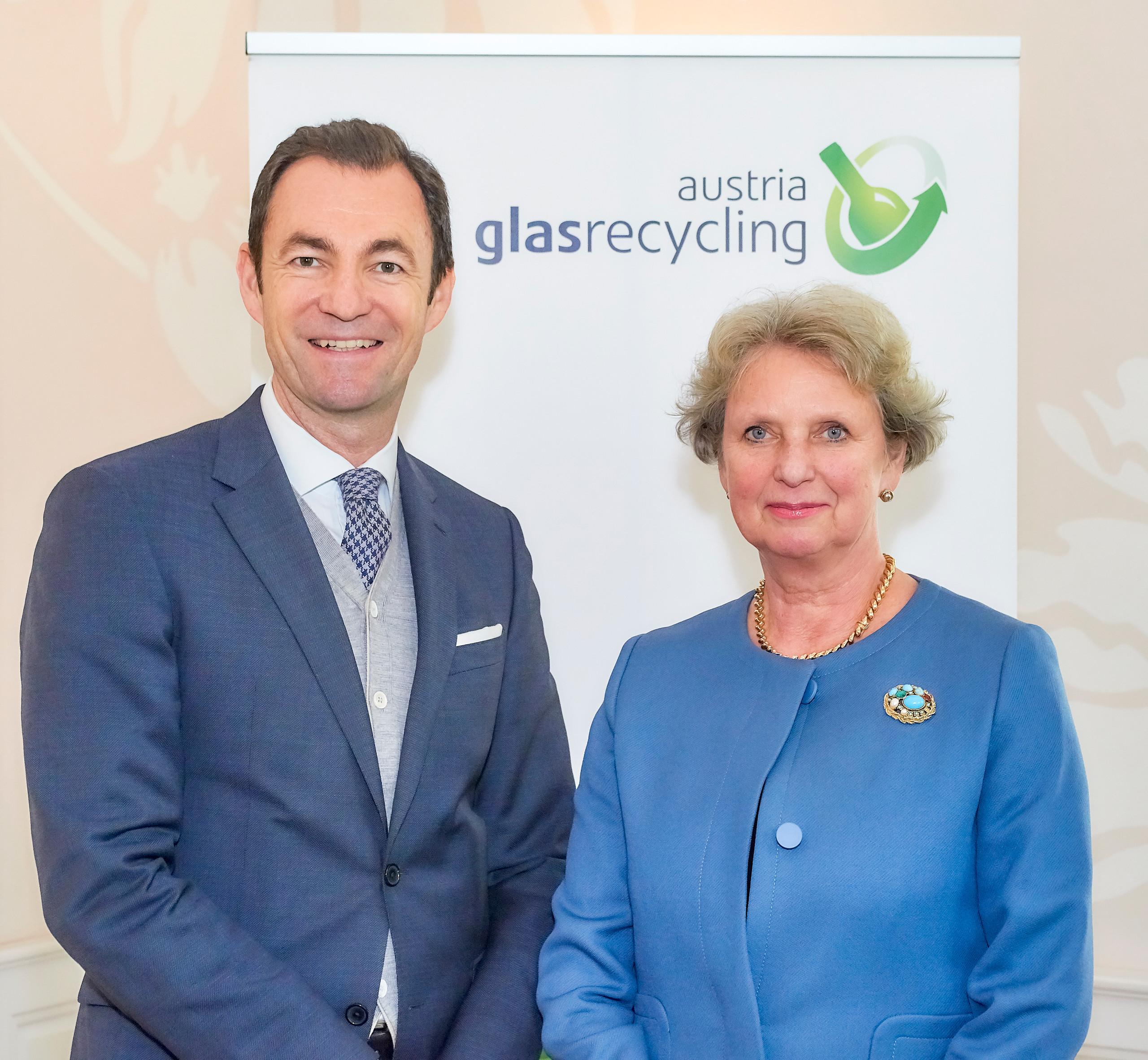 10. Austria Glas ReCIRCLE am 9. Nov. 2017: Harald Hauke mit Impulsrednerin Maritta von Bieberstein Koch-Weser